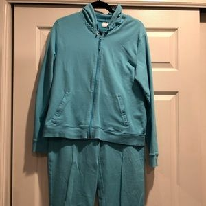 Pro Spirit Capri jogger set in turquoise